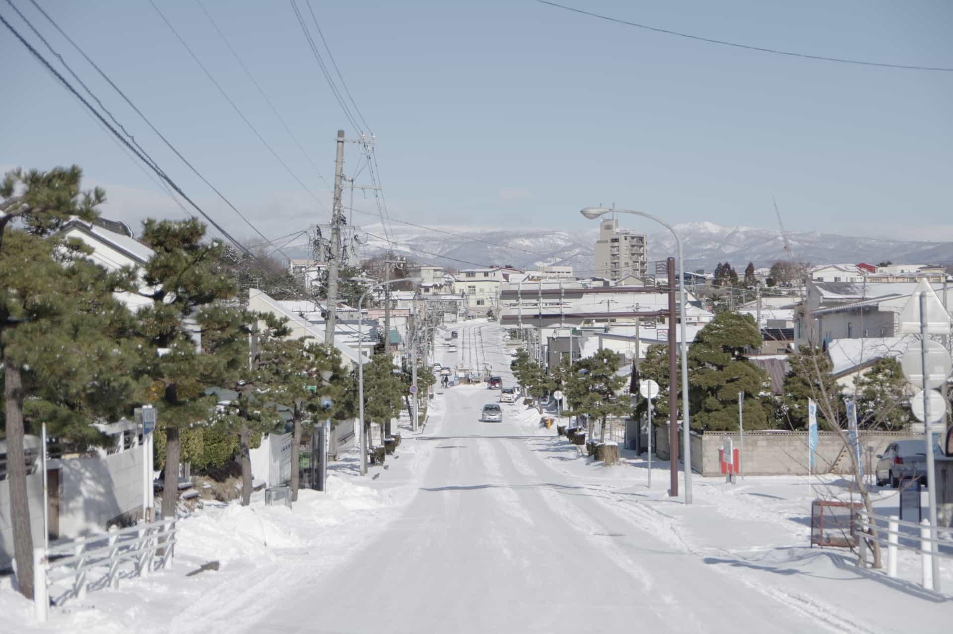 雪の朝 関根晃